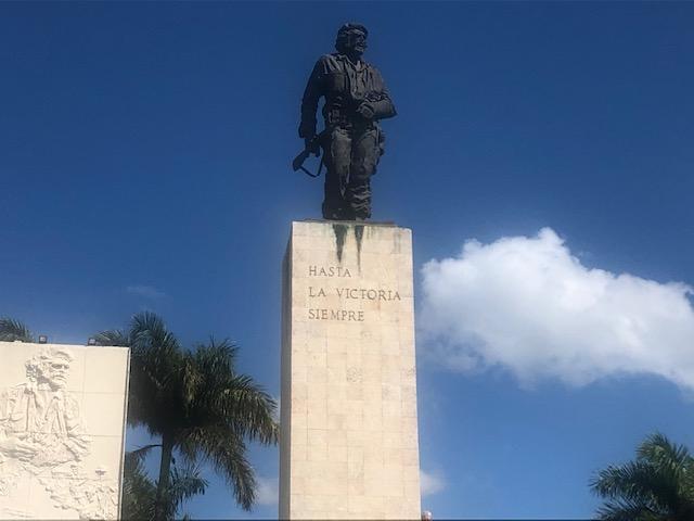 8.El-Che-Santa-Clara